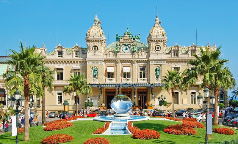 Monaco Kleiderordnung – 80514