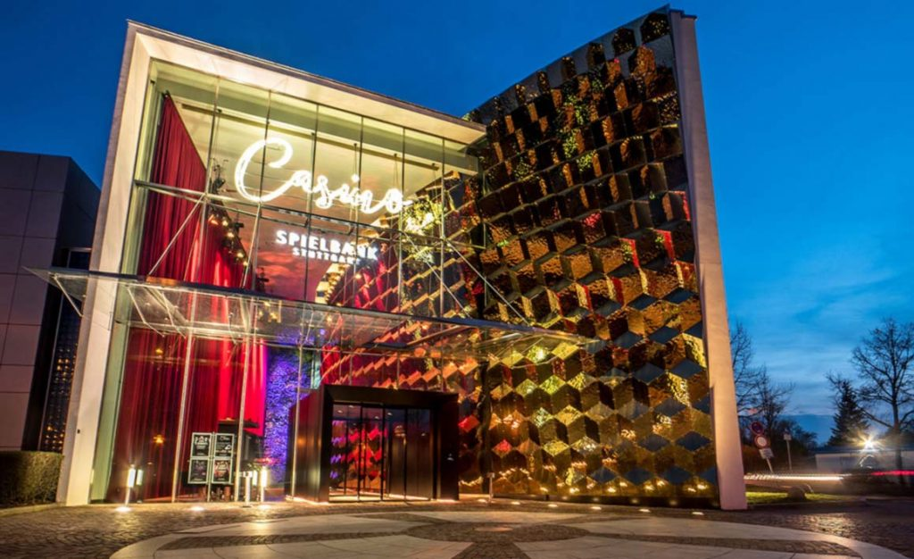 4 Crowns Casino – 35098