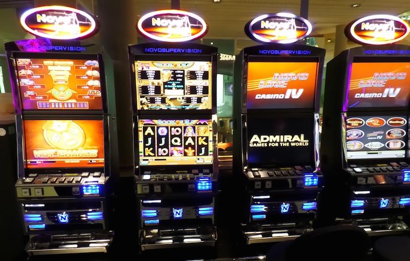 Spielbank Automaten – 44576